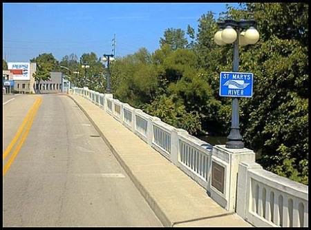 in_fort-wayne-bridge