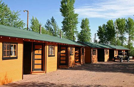 WY_RW_B&Orange cabin7